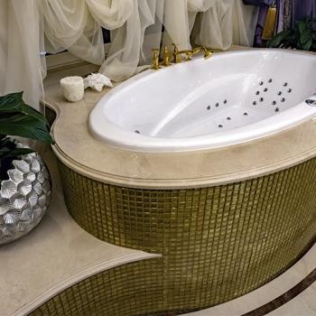 Топ на ванну