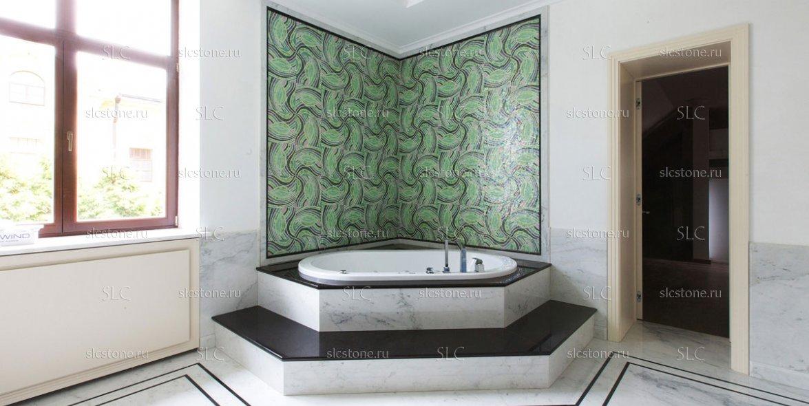 Зелёный оникс в строгом интерьере ванной комнаты 4