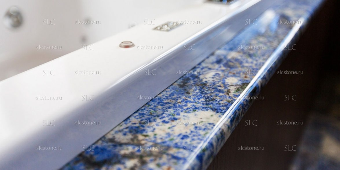 Синий гранит в интерьере ванной комнаты 4